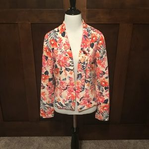 Floral Skies Are Blue Blazer Size Small! NWT!